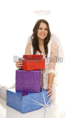 angel, with, gift - 2362295