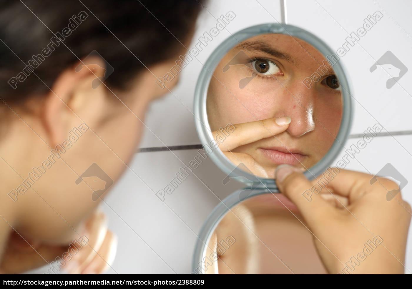 acne - 2388809