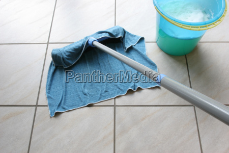 housecleaning - 2390587