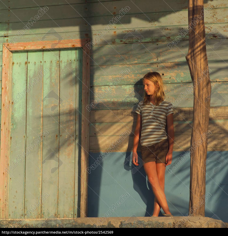 blond, teen, girl, posing - 2542569