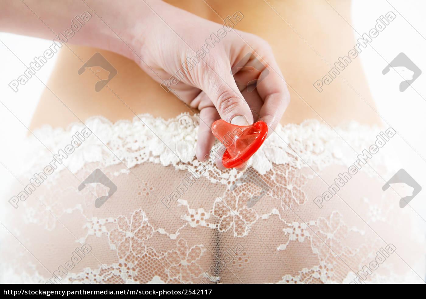 Что делать если порвали целку, Девственницы - порно видео лишение целки первый секс 19 фотография