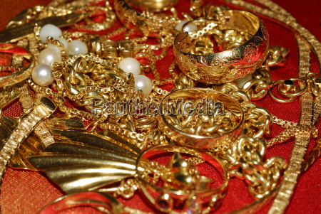 jewellery 03