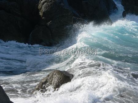 waves wave surf crags spray salt