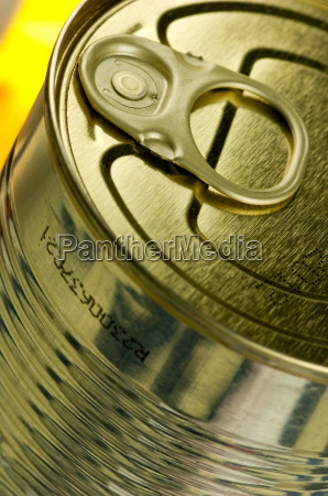 gold coloured canned food