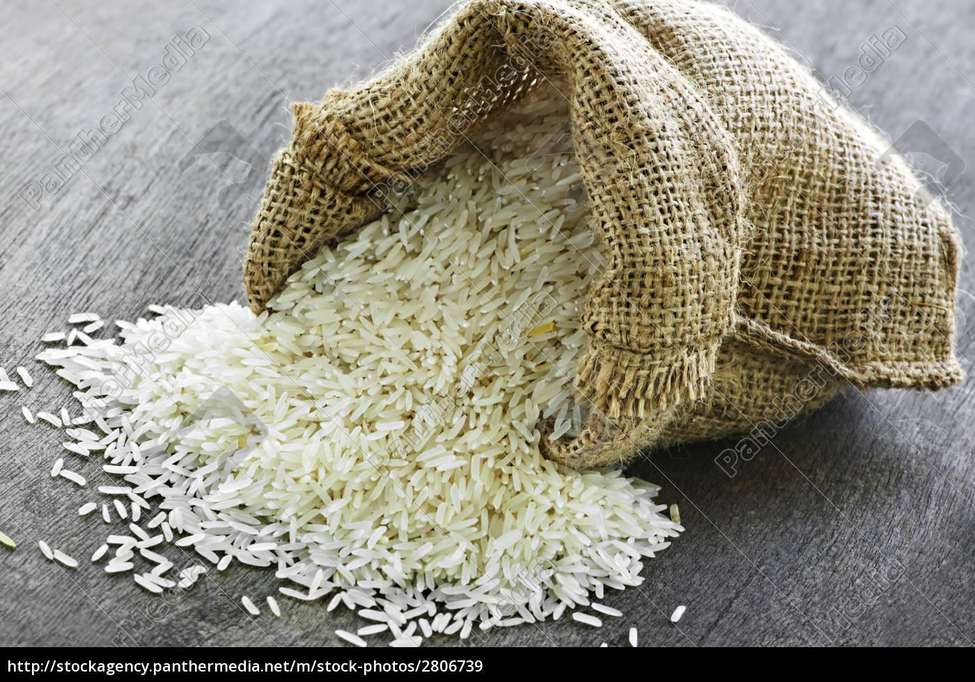 long, grain, rice, in, burlap, sack - 2806739