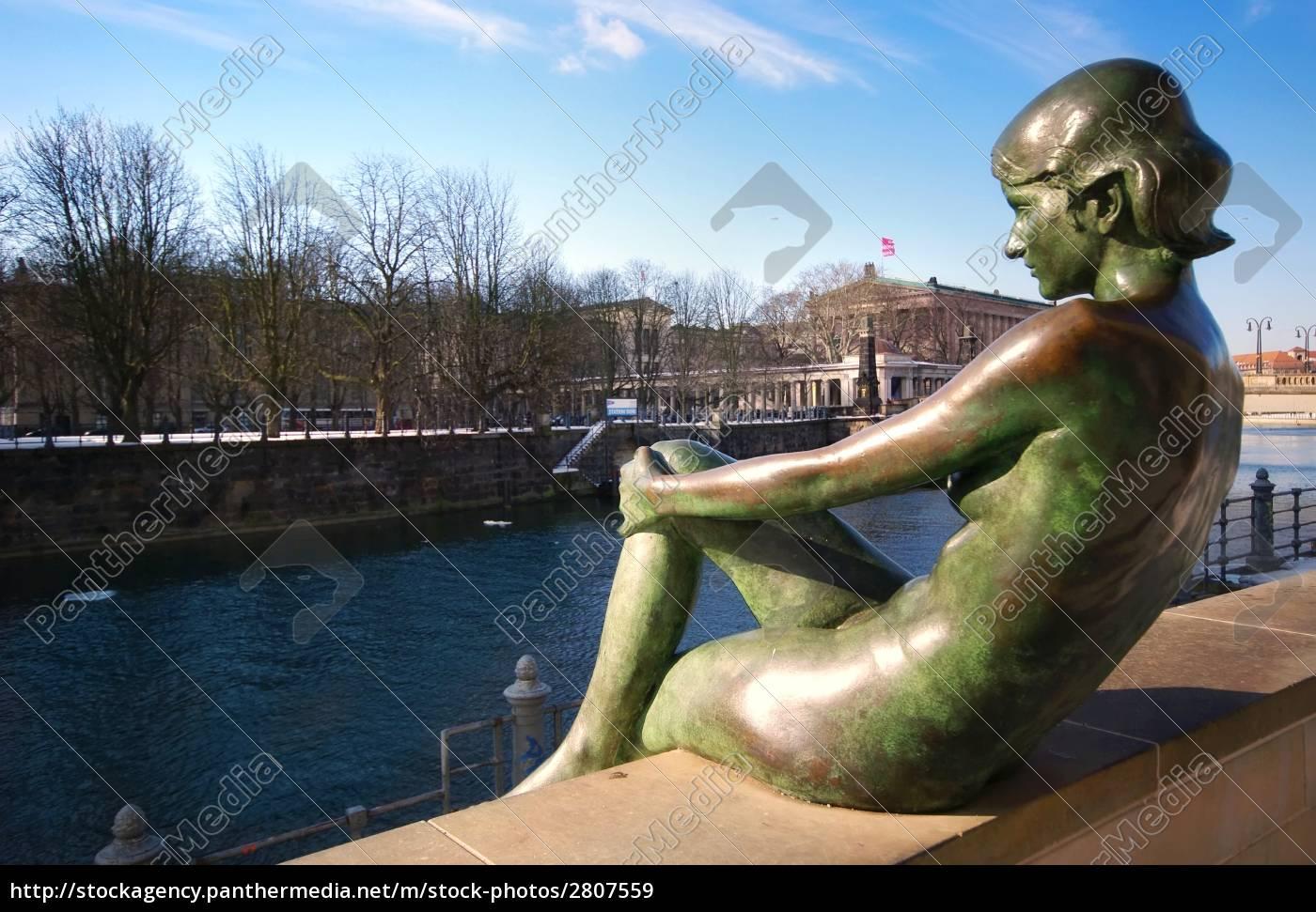 women, bronze, sculpture, at, domufer - 2807559