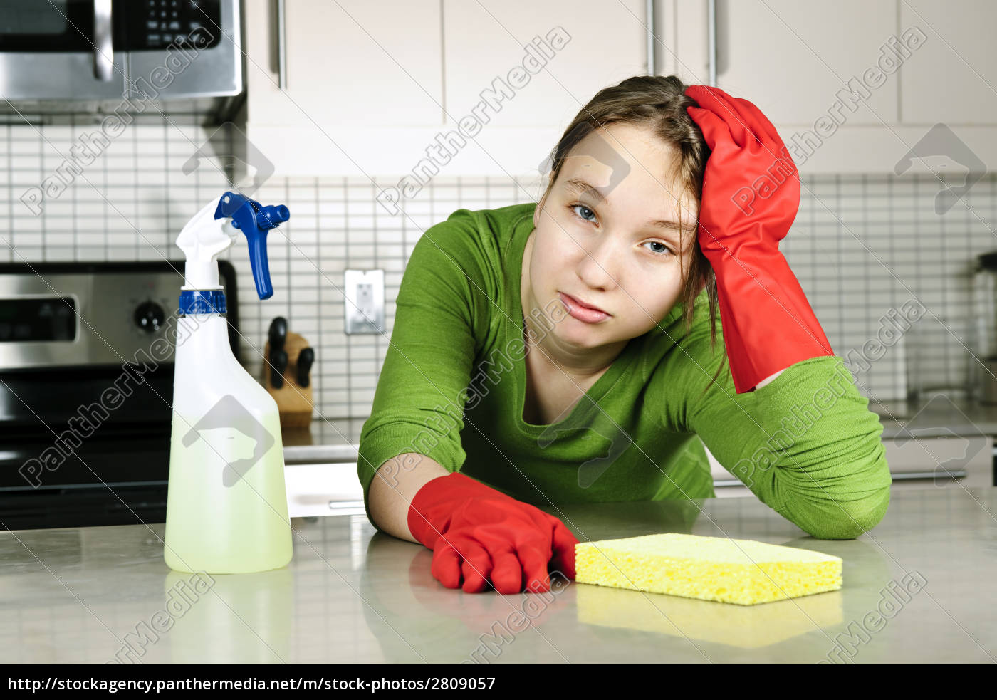 tired, girl, cleaning, kitchen - 2809057