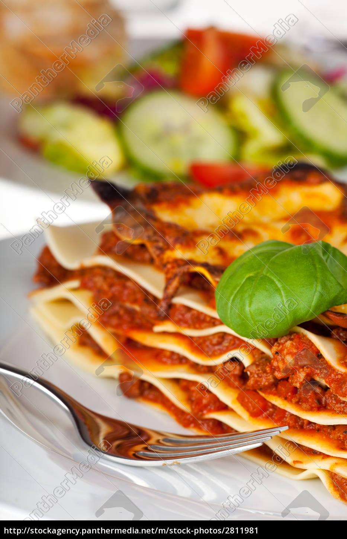 lasagna, pasta, dish, on, a, white - 2811981
