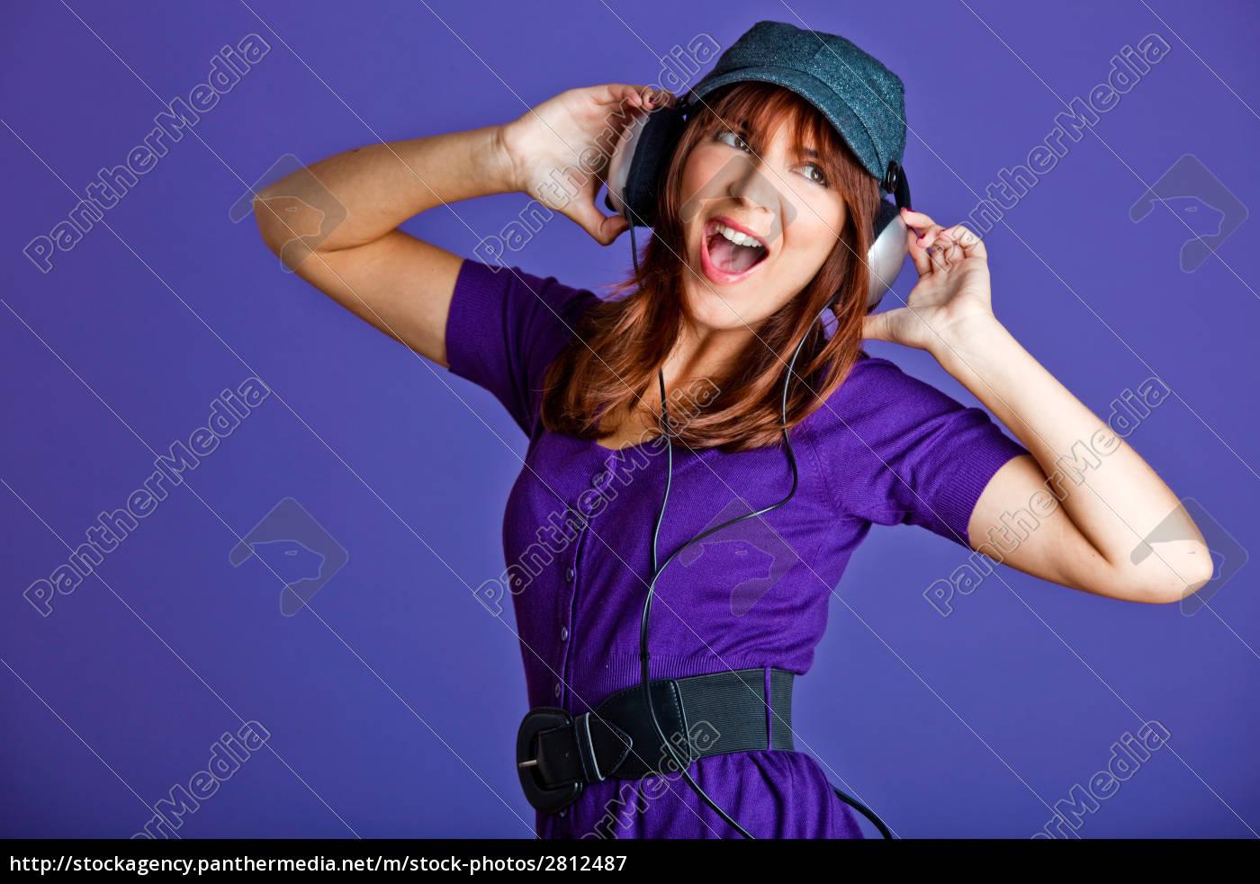 beautiful, woman, listening, music - 2812487