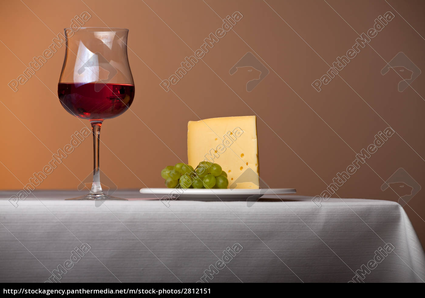 piece, of, cheese, a, grape, and, red - 2812151
