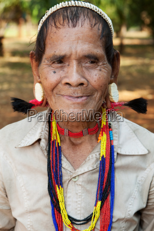portrait, old, man, with, earrings - 2814903