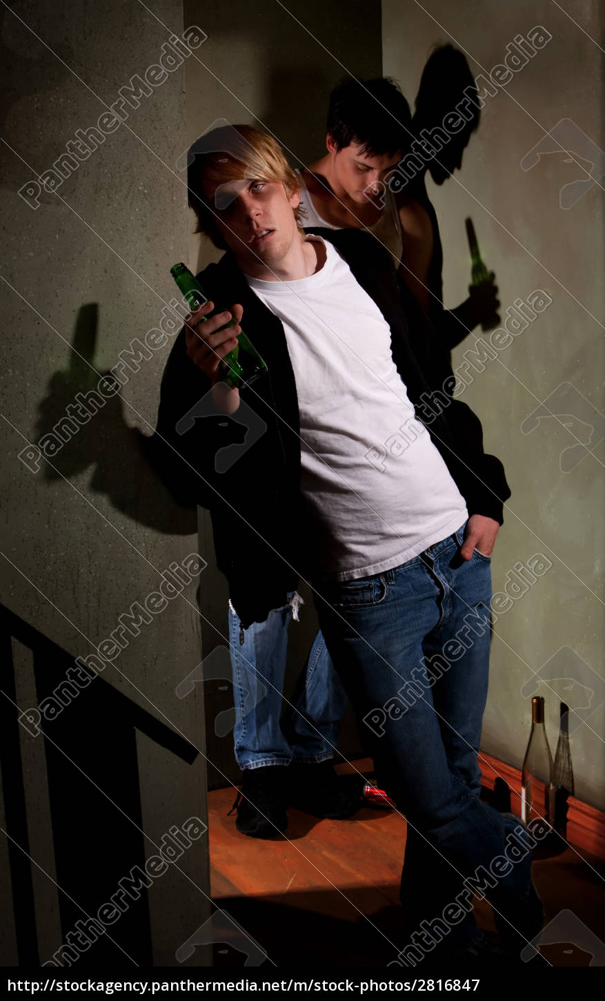 drunk, young, men, leaning, on, walls - 2816847