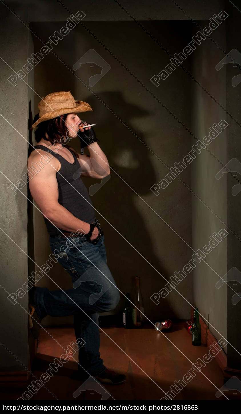 smoking, man, in, cowboy, hat, leaning - 2816863