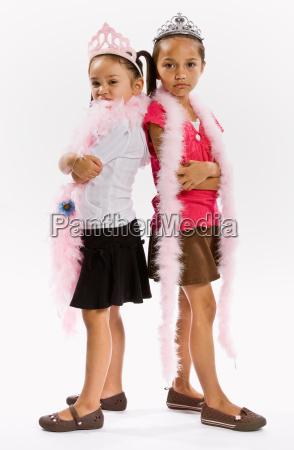 girls, in, princess, costumes - 2823109