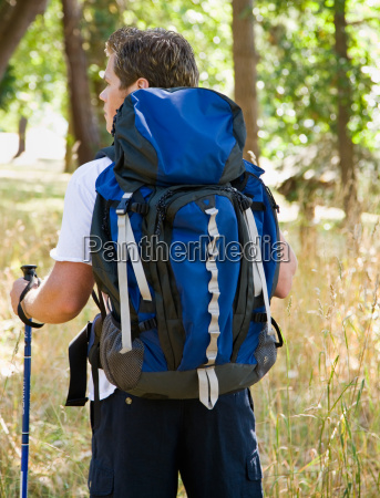 man, hiking, with, backpack - 2823041