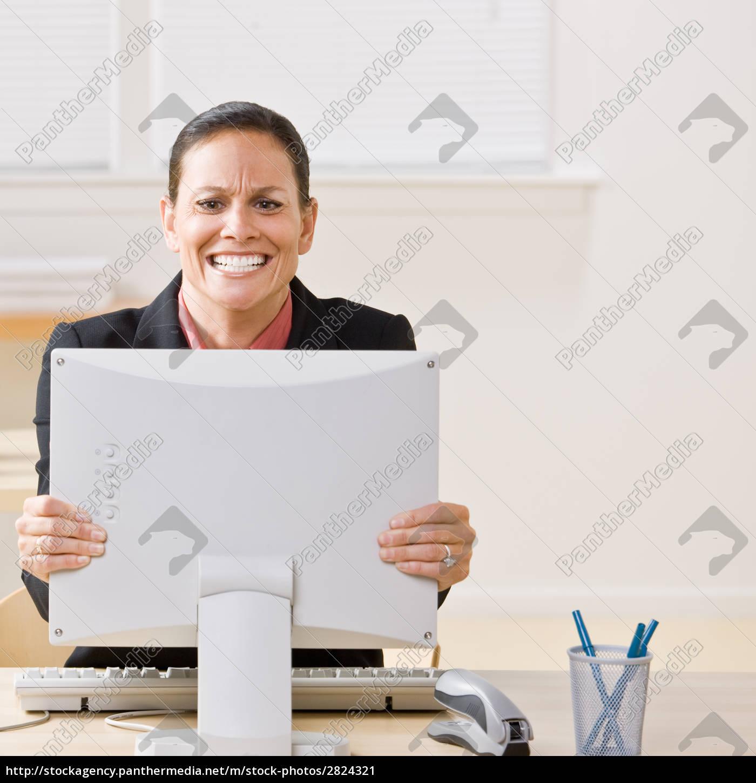businesswoman, shaking, monitor - 2824321