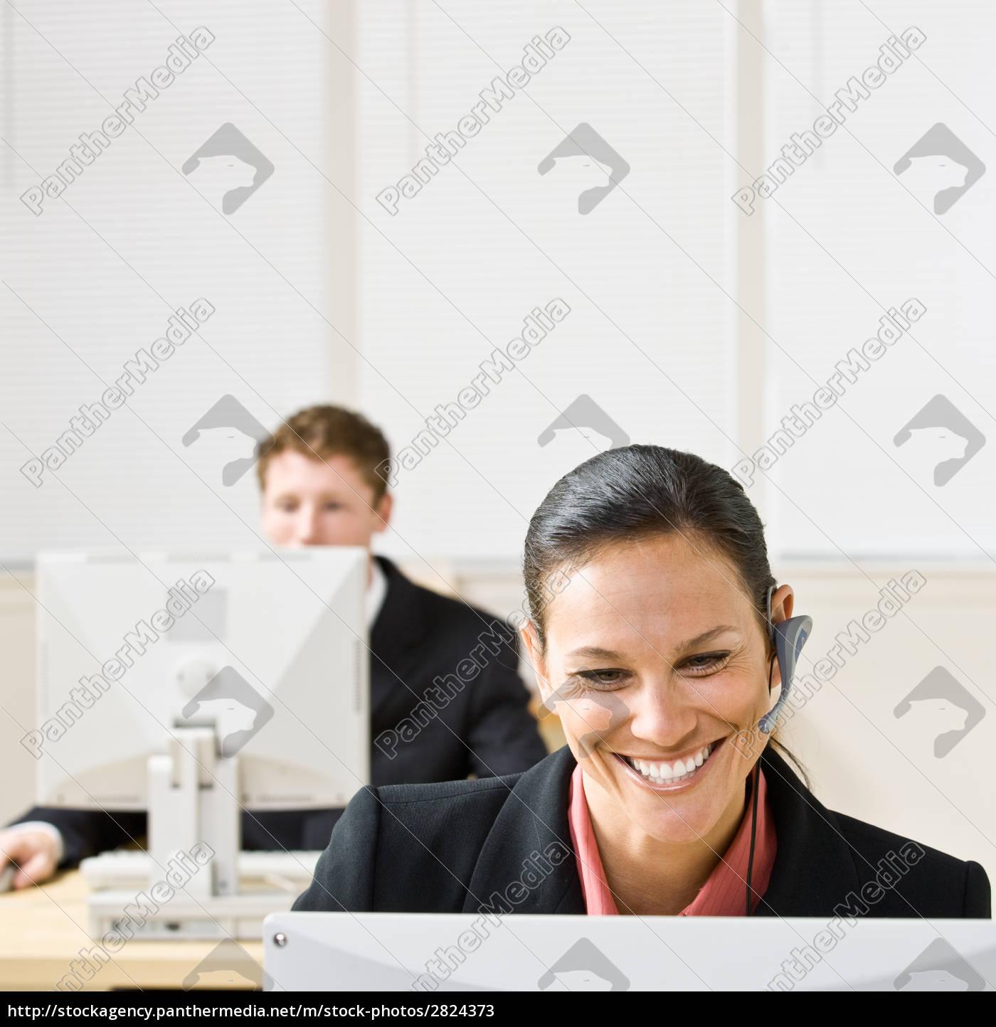 businesswoman, talking, on, headset - 2824373