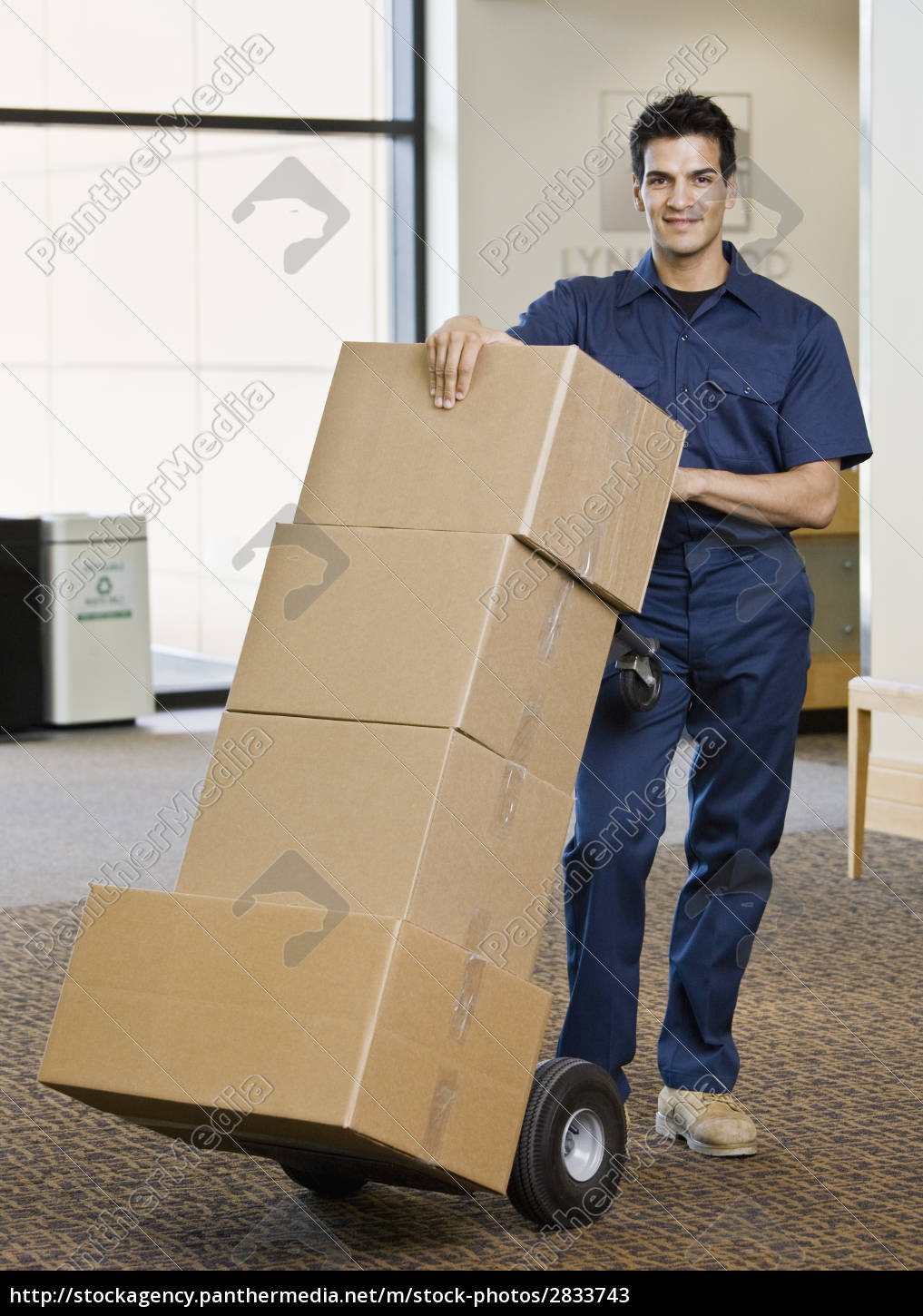 young, man, moving, boxes - 2833743