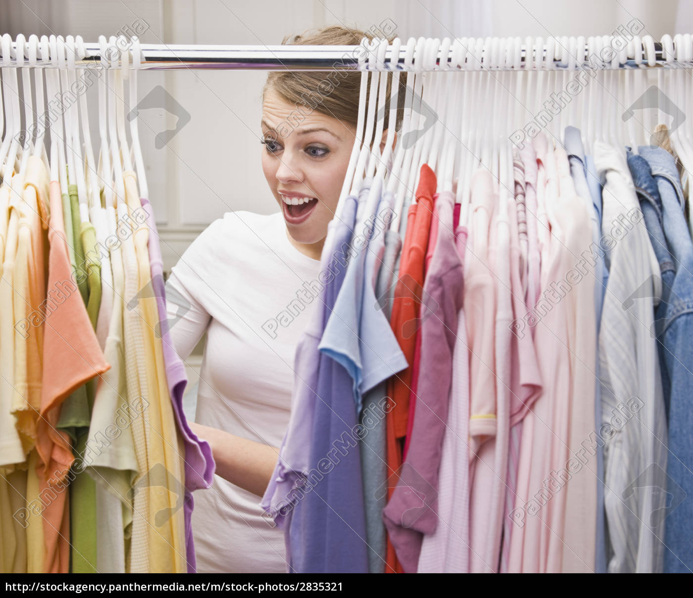 woman, in, closet - 2835321
