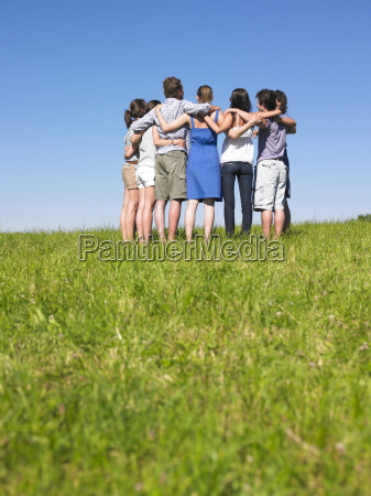 group, of, people, in, huddle, in - 2837797