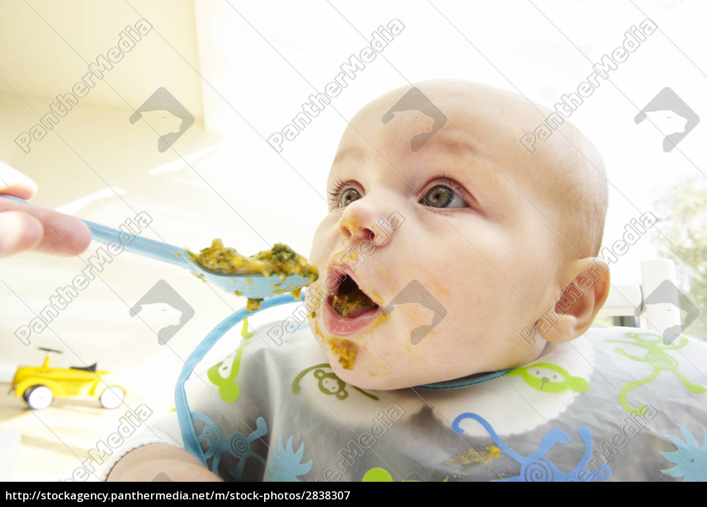 messy, baby, being, fed - 2838307
