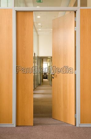 door, in, a, corridor - 2845831
