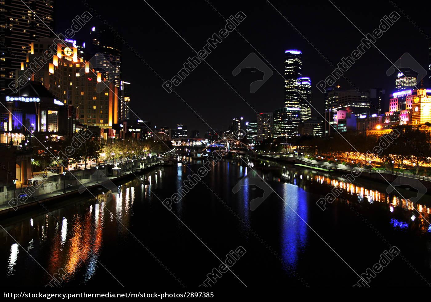 city, town, holiday, vacation, holidays, vacations - 2897385