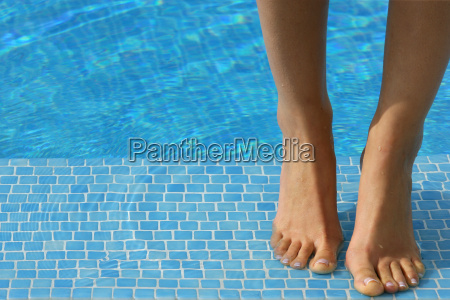 feet, of, a, woman, by, the - 2900339