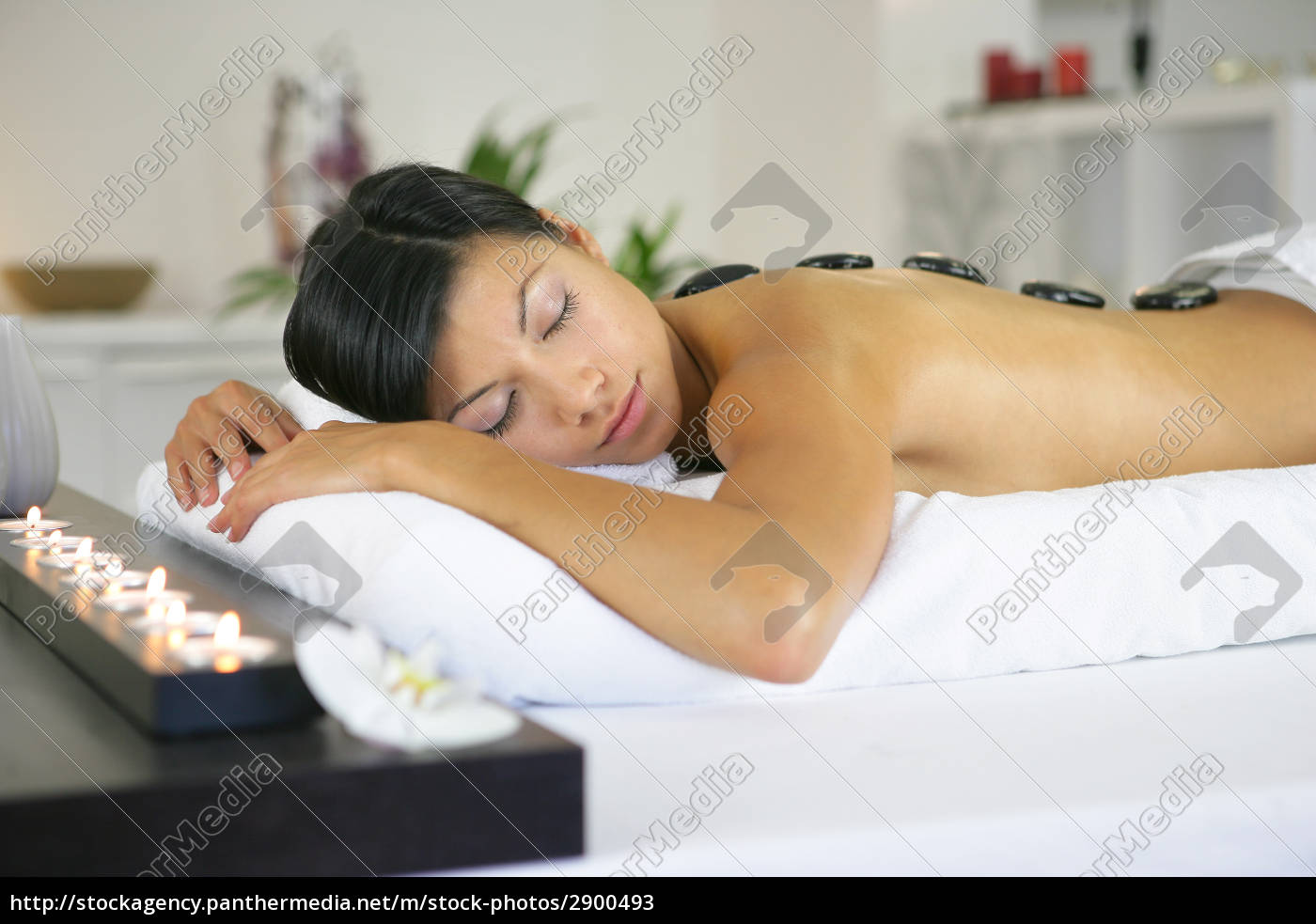 portrait, of, a, woman, lying, on - 2900493