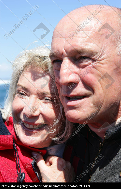 portrait, of, senior, couple, smiling - 2901339