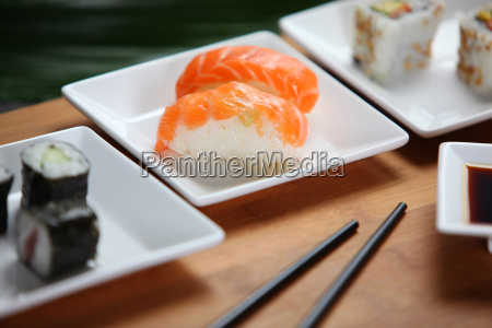 sushi, in, a, small, dish - 2903137