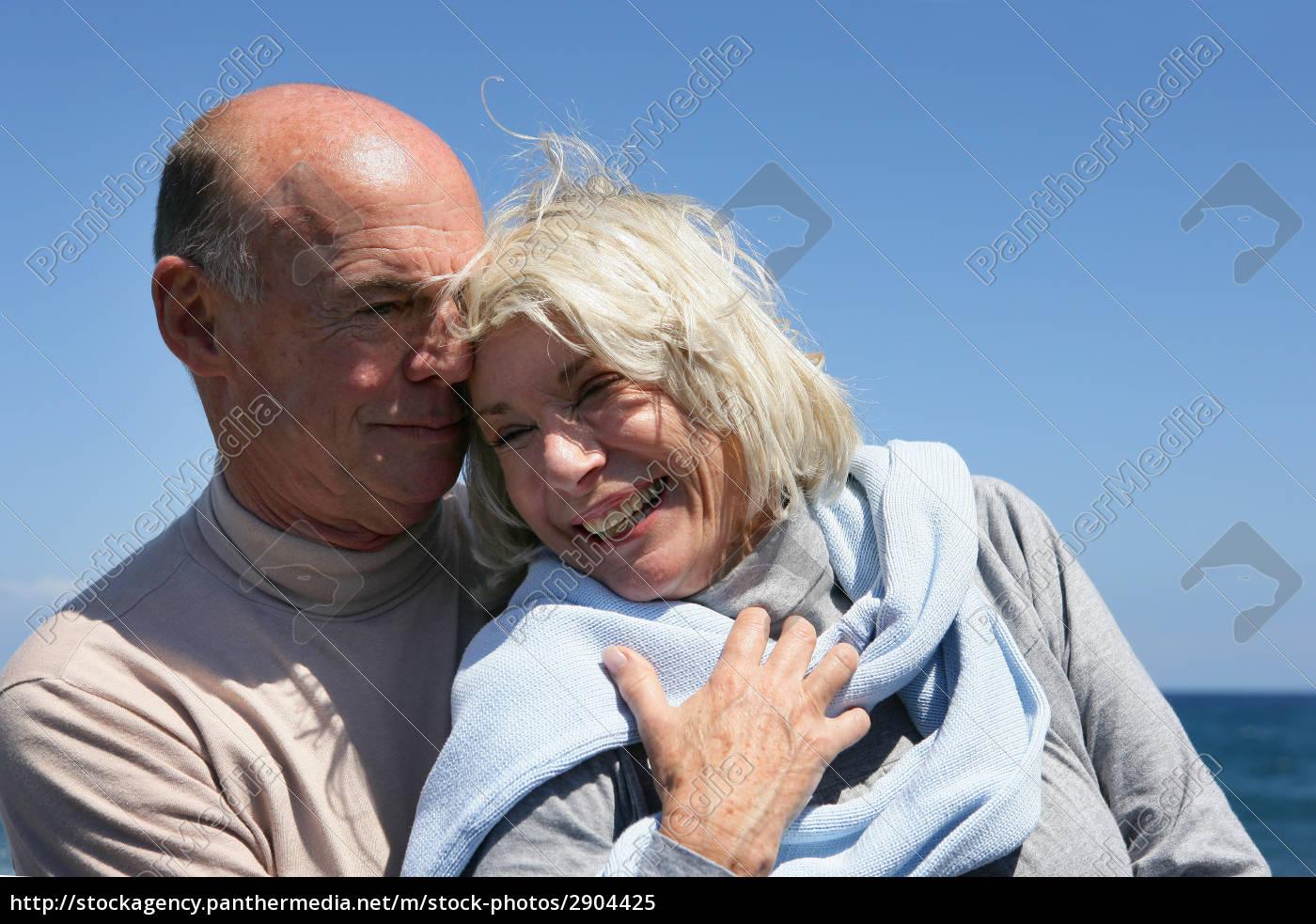 senior, couple, at, sea - 2904425