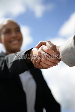 handshake - 2906883