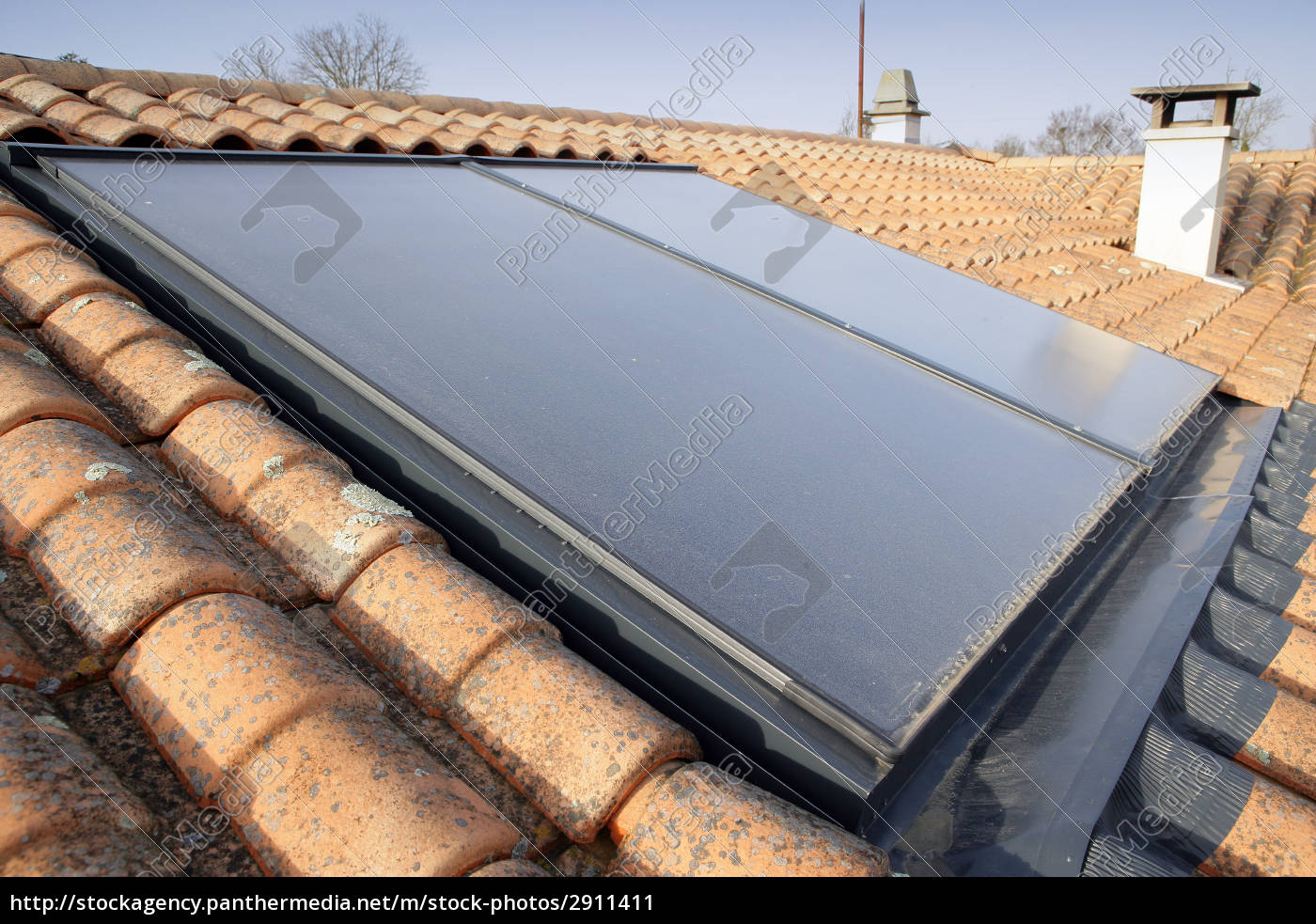 solar, panels, on, the, roof, of - 2911411