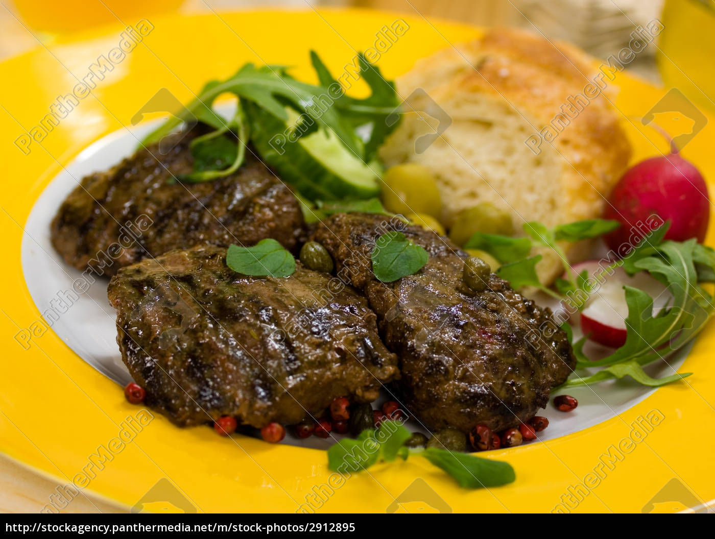 lamb, medallions, -, steak, with, rocket - 2912895