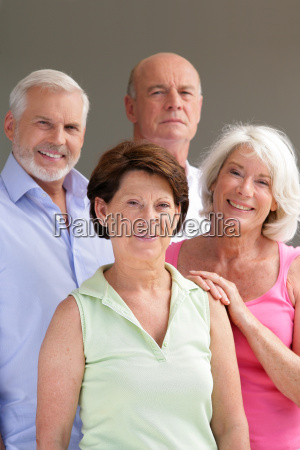 group, of, seniors, smiling - 2912039