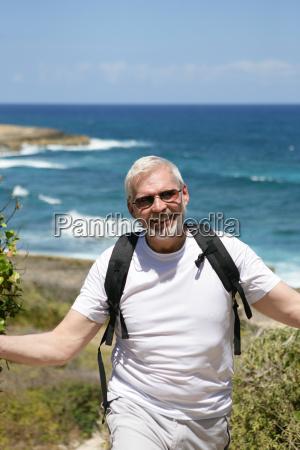 portrait, of, a, senior, man, smiling - 2912113