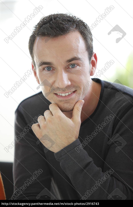 portrait, of, a, smiling, man - 2916743