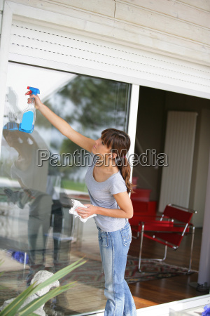 woman, cleaning, a, plate, glass, window - 2933927