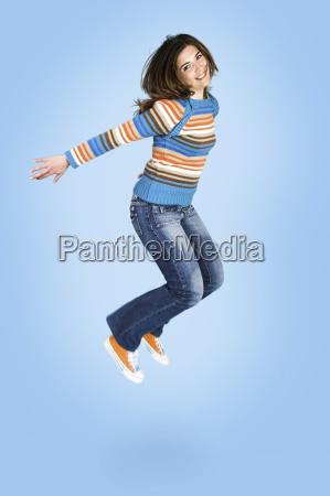 jumping - 2990559