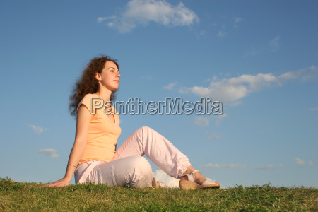 woman, on, grass - 3002191