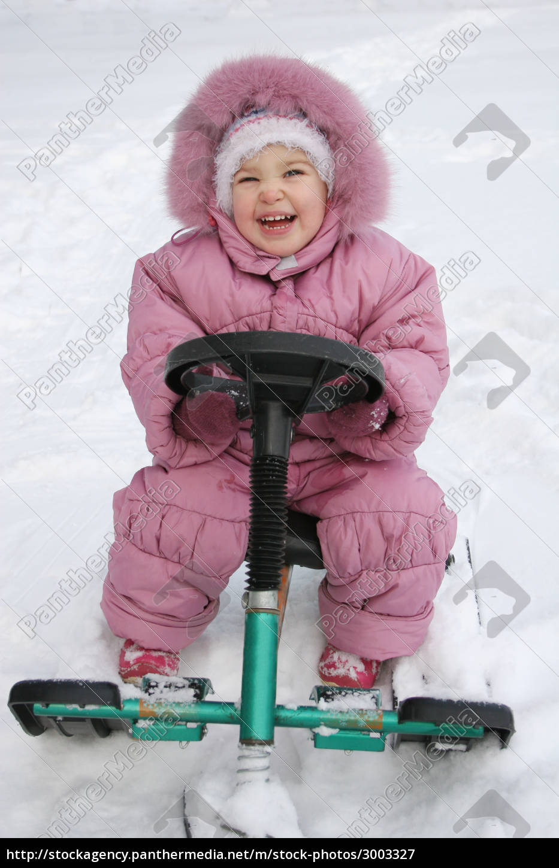 happy, baby, on, sled - 3003327