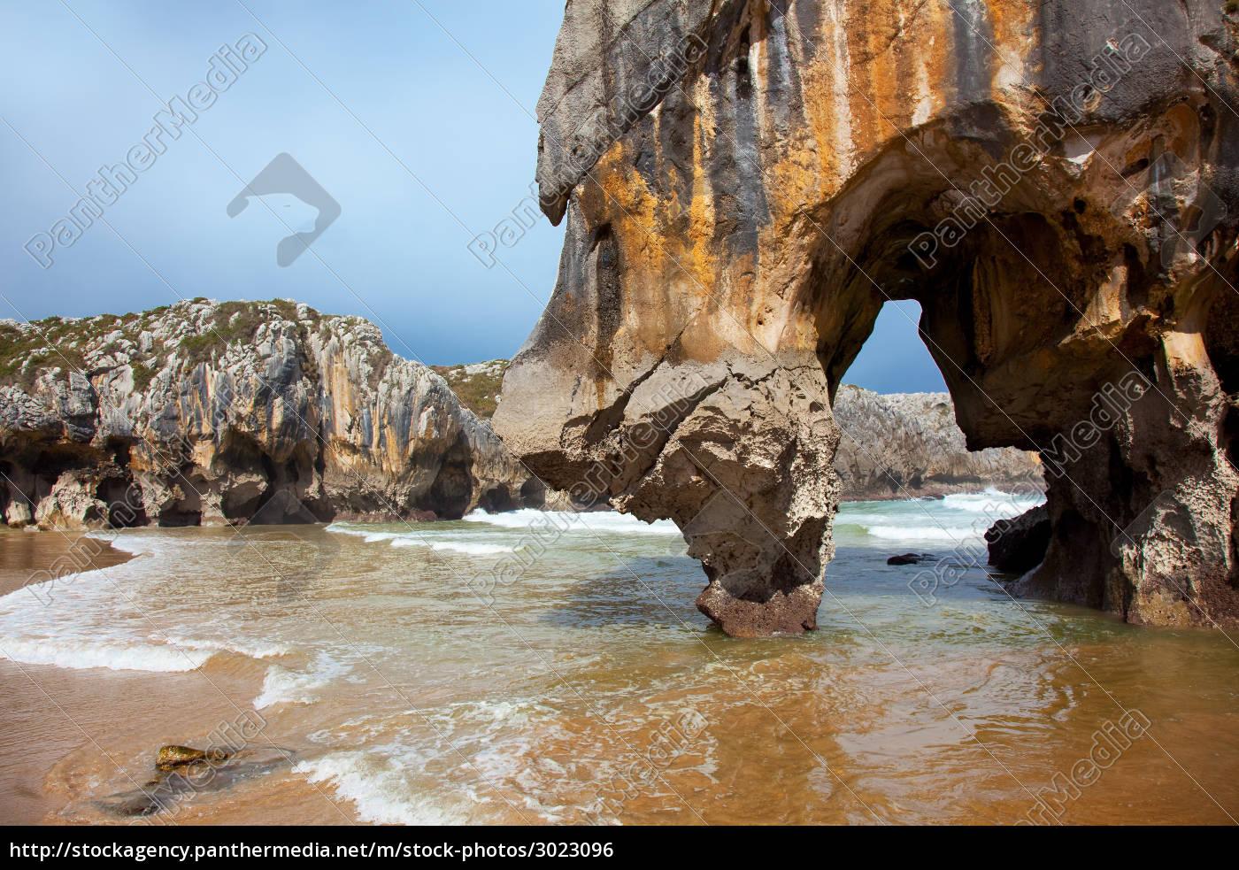 beach, of, cuevas, del, mar, , asturias, - 3023096