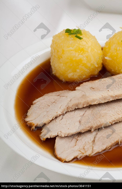 bavarian, roast, pork, with, dumplings - 3041151