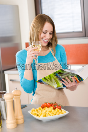 cooking, -, smiling, woman, reading, recipe - 3044975