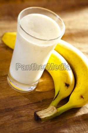 milk, shake, banana - 3047351