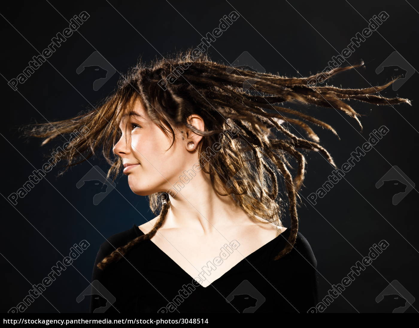 young, girl, with, dreadlocks - 3048514