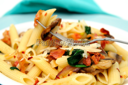 penne, pasta, on, a, fork - 3053840