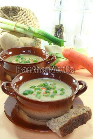 vegetable carrot starter potato soup soup