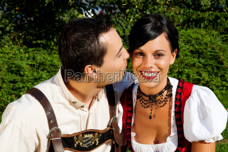 couple in tracht dirndl and